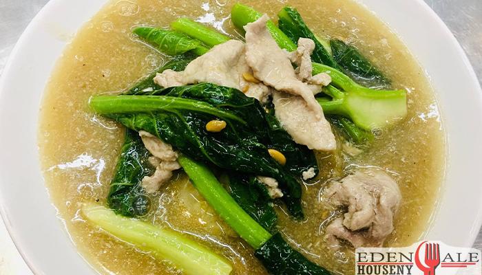มะ ยอดผักราดหน้าราชวัตรสรีทฟู๊ดเด็ดเมืองไทย edenalehousenyร้านอาหาร